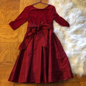 Perfect dress for the holidays! Size 10